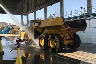 Barloworld Equipment HMV Truck Wash Bay
